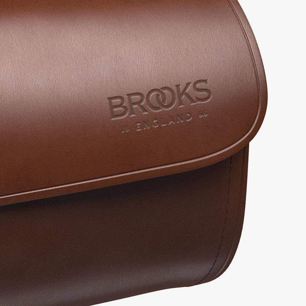 Brooks challeng brown logo
